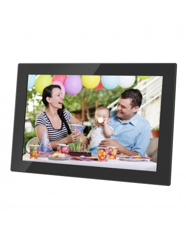 denver-10-1-digital-wi-fi-photoframe-with-frameo-photo-software-n-glass-in-front-of-screen-1.jpg